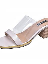 baratos -Mulheres Sapatos Couro Ecológico Primavera / Verão Chanel Sandálias Salto Robusto Preto / Bege