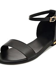 Недорогие -Жен. Наппа Leather Весна Удобная обувь Сандалии На низком каблуке Белый / Черный