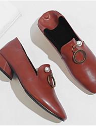 baratos -Mulheres Sapatos Pele Napa Primavera / Outono Conforto Mocassins e Slip-Ons Salto Baixo Castanho Claro / Vinho