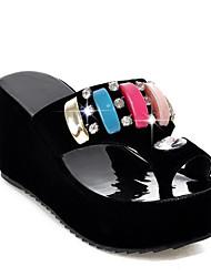 Недорогие -Жен. Обувь Замша Лето Обувь через палец Сандалии Туфли на танкетке Открытый мыс Стразы Белый / Черный