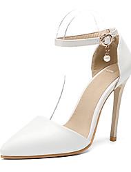 baratos -Mulheres Sapatos Couro Ecológico Outono & inverno D'Orsay Sapatos De Casamento Salto Agulha Dedo Apontado Tachas / Presilha Branco / Festas & Noite
