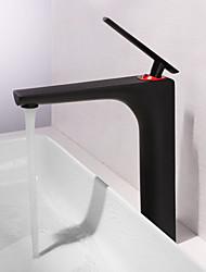Недорогие -Ванная раковина кран - Широко распространенный Окрашенные отделки Настольная установка Одной ручкой одно отверстиеBath Taps