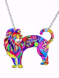 abordables -Pendentif de collier Femme Rolo Lion Large dames Original Hyperbole Bijoux Arc-en-ciel Cool pour Plein Air Vacances 1pc
