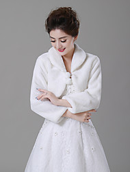 cheap -Long Sleeve Faux Fur Wedding / Party / Evening Women's Wrap With Pendant Capelets