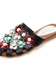 povoljno -Žene Cipele PU Proljeće / Ljeto Udobne cipele Klompe i natikače Ravna potpetica Umjetni biser Obala / Crn / Color block