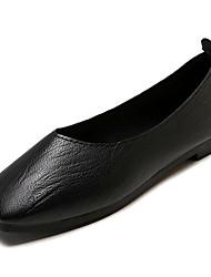 Недорогие -Жен. Комфортная обувь Полиуретан Осень Минимализм На плокой подошве На плоской подошве Черный / Бежевый / Коричневый