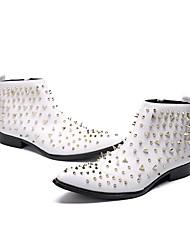 Недорогие -Муж. Обувь для новинок Наппа Leather Наступила зима Английский Ботинки Высота возрастающей Ботинки Белый / Свадьба / Для вечеринки / ужина / Заклепки / Для вечеринки / ужина / Fashion Boots