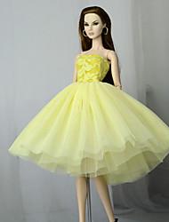 Недорогие -Платья Платье Для Barbiedoll Светло-желтый Тюль / Кружево / Шелково-шерстяная ткань Платье Для Девичий игрушки куклы