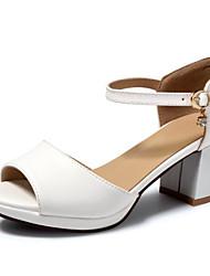 Недорогие -Жен. Комфортная обувь Полиуретан Лето На плокой подошве На толстом каблуке Белый / Розовый / Светло-синий