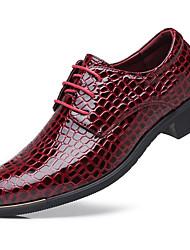 Недорогие -Муж. Комфортная обувь Искусственная кожа Весна лето Классика / На каждый день Туфли на шнуровке Нескользкий Черный / Красный / Синий / Для вечеринки / ужина
