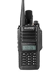 baratos -walkie-talkie baofeng® uv-9r impermeável / condutor 5km-10km 2200 mah rádio 8w em dois sentidos