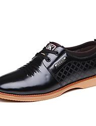 baratos -Homens Sapatos Confortáveis Couro Primavera & Outono Oxfords Preto / Amarelo / Azul