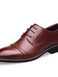 baratos -Homens Sapatos Confortáveis Pele Outono & inverno Oxfords Preto / Amarelo / Marron