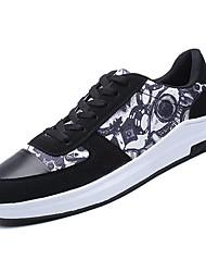 baratos -Homens Sapatos Confortáveis Couro Ecológico Inverno Casual Tênis Não escorregar Estampa Colorida Branco / Preto / Branco / Preto