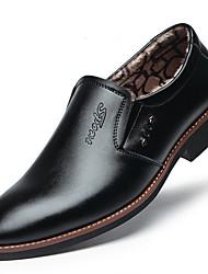 זול -בגדי ריקוד גברים נעלי נוחות מיקרופייבר חורף יום יומי נעליים ללא שרוכים שמור על חום הגוף שחור / חום / מסיבה וערב