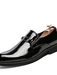 Недорогие -Муж. Комфортная обувь Лакированная кожа Весна лето На каждый день Туфли на шнуровке Нескользкий Контрастных цветов Черный / Красный / Синий