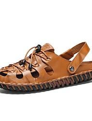 저렴한 -남성용 구두 가죽 봄 여름 샌들 일상 용 블랙 / 밝은 브라운 / 어두운 무늬