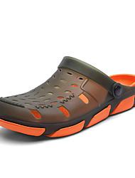 preiswerte -Herrn Komfort Schuhe PVC Sommer Sport / Freizeit Cloggs & Pantoletten Walking / Upstream Schuhe Atmungsaktiv Einfarbig Armeegrün / Schwarz / Rot / Weiß / Blau
