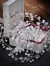 halpa -Metalliseos Pään koriste / Headpiece / Hiusklipsi kanssa Tekojalokivi / Helmikirjaillut kukkamotiivit / Kristallikoristelu 1 Kappale Häät / Juhlat Päähine
