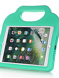 Недорогие -Кейс для Назначение Apple iPad New Air (2019) / iPad Air / iPad (2018) Защита от удара / Безопасно для детей Кейс на заднюю панель Однотонный / 3D в мультяшном стиле Этиленвинилацетат / iPad (2017)