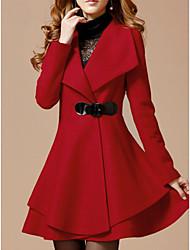 Недорогие -Жен. Повседневные Классический Длинная Пальто, Однотонный Отложной Длинный рукав Полиэстер Черный / Красный