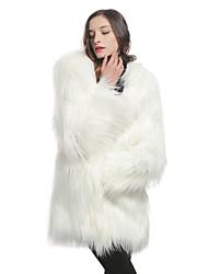 billige -Dame Daglig / Arbeid / Strand Vinter Lang Faux Fur Coat, Ensfarget Krageløs Langermet Fuskepels Svart / Hvit / Grå M / L / XL