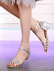 Недорогие -Жен. / Девочки Танцевальная обувь Синтетика Обувь для латины / Обувь для модерна В мелкую точку На каблуках Толстая каблук Белый / Золотой / Серебряный