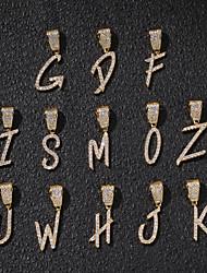 abordables -Homme Femme Zircon cubique Pendentif Lustre Forme de Lettres Champignon Européen Tendance Rock Mode initiale Broche Bijoux Dorée Argent Pour Plein Air