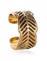 billige -Dame Øre Cuffs Retro Blad Formet Enkel Vintage øredobber Smykker Gull / Sølv Til Daglig Gate Arbeid 1pc