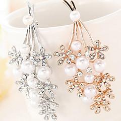 billige Motebrosjer-Krystall Perle Gull Sølv Smykker Fest Spesiell Leilighet