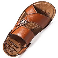 economico Shoes Trends-Per uomo Scarpe comfort Di pelle Primavera / Estate Sandali Footing Nero / Marrone / Cachi / Casual / Borchie / All'aperto