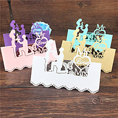 cheap Place Cards & Holders-40pcs Bride And Groom Laser Cut Wedding Table Place Card Name Card Wedding Party Table Decoration Mr Mrs Love Heart Cards