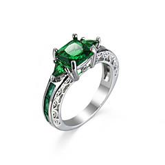 billige Motering-Dame Ring Syntetisk Smaragd Unikt design Mote Euro-Amerikansk Zirkonium Smaragd Legering Smykker Smykker Til Bryllup Spesiell Leilighet
