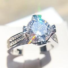Mulheres Solitário Anel - Cobre, Pedaço de Platina, Imitações de Diamante  Amor senhoras, Romântico, Fashion, Francês Jóias Prata Para Casamento  Noivado ... 7f0c1af63d