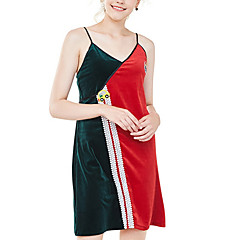 billige Moteundertøy-Dame Asymmetrisk Undertøy med strømpebånd Pyjamas - Fargeblokk