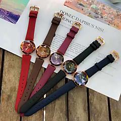 billiga Klockor-Dam Frackur Armbandsur Quartz Vardaglig klocka Diamant Imitation Legering Band Ramtyp Elegant minimalist Svart / Blå / Röd - Kaffe Röd Blå