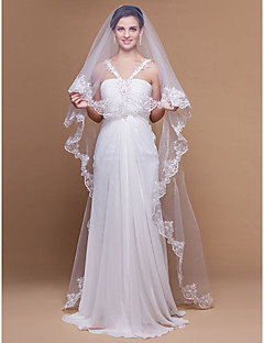 One-tier Lace Applique Edge Scalloped Edge Wedding Veil Cathedral Veils With Applique 106.3 in (270cm) Tulle A-line, Ball Gown, Princess,