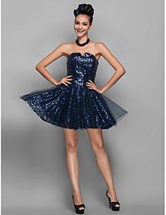 A-linje Prinsesse Med åpning Kort / mini Tyll Paljetter Cocktailfest Ball Skoleball Ferie Kjole med Paljetter av TS Couture®