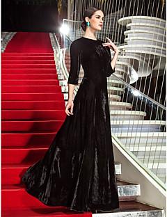 billiga Kändisklänningar-A-linje Prydd med juveler Golvlång Sammet Kändis Stil / Vintage-inspirerad Formell kväll Klänning med Plisserat av TS Couture®