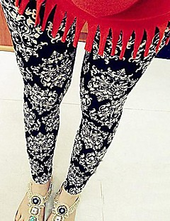 Women's Vintage Black Milk Totem Patroon Leggings