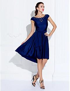 billiga Cocktailklänningar-A-linje Prydd med juveler Asymmetrisk Jersey Cocktailfest Klänning med Bård / Kristalldetaljer / Bälte / band av TS Couture®