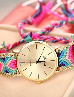 billige Armbåndsure-Geneva Dame Quartz Armbåndsur Afslappet Ur Stof Bånd Bohemisk Mangefarvet
