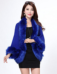 cheap -Long Sleeves Faux Fur Imitation Cashmere Wedding Wedding  Wraps Fur Coats Hoods & Ponchos With Feathers / fur Capelets