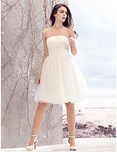 billiga A-linjeformade brudklänningar-A-linje Axelbandslös Knälång Tyll Bröllopsklänningar tillverkade med Veckad av LAN TING BRIDE® / Liten vit klänning