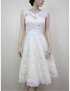 billiga A-linjeformade brudklänningar-A-linje Prydd med juveler Knälång Spets Satäng Bröllopsklänning med Applikationsbroderi Spets av LAN TING BRIDE®
