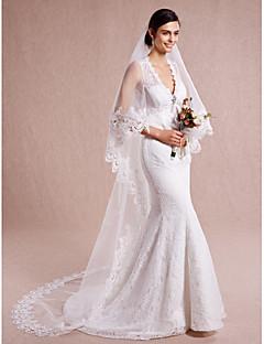 Πέπλα Γάμου Μίας Βαθμίδας Μακριά Πέπλα Άκρη με Απλίκα Δαντέλας Τούλι Δαντέλα Ιβουάρ