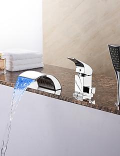 billige LED Badekarskran-Moderne Romersk kar Foss Hånddusj Inkludert LED Keramisk Ventil Tre Huller Enkelt håndtak tre hull Krom, Badekarskran