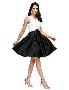 A-라인 V-넥 무릎 길이 스트래치 새틴 칵테일 파티 홈 커밍 프롬 드레스 와 주머니 크리스 크로스 으로 TS Couture®