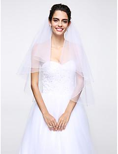 kétszintű esküvői fátyol könyökfátyol háló esküvői kellékekkel