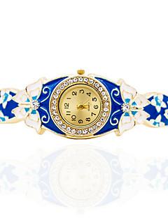女性用 ブレスレットウォッチ 手巻き式 合金 バンド 蝶型 ボヘミアンスタイル バングル エレガント腕時計 ゴールド